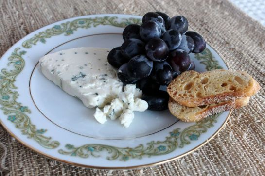 Black Moscato Grapes with Point Reyes Blue Cheese