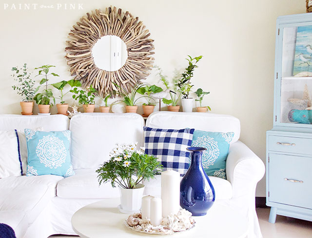 A Beach Cottage Living Room Makeover ...