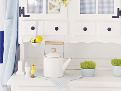 Simple Spring Dining Room Hutch