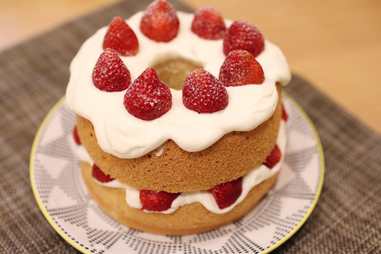 【烘焙課程】季節限定-鮮奶油草莓戚風蛋糕 (成人班) – paint81