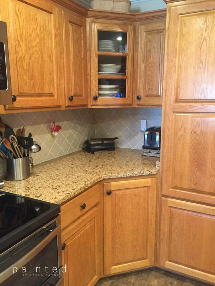 oak cabinets kitchen granite tables bye honey hello brighter color stain before and after sherwin williams aria ivory
