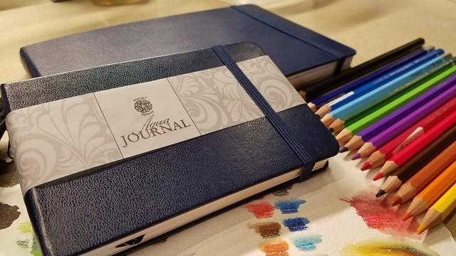 Pentalic Aqua journals in two sizes