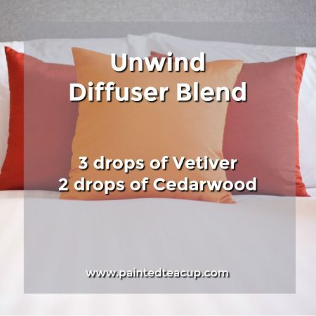 Unwind diffuser blend to help you sleep and relax. 5 Monday Essential Oil Diffuser Blends to make your Monday a little more manageable! Blends for morning energy, afternoon focus & evening relaxation!