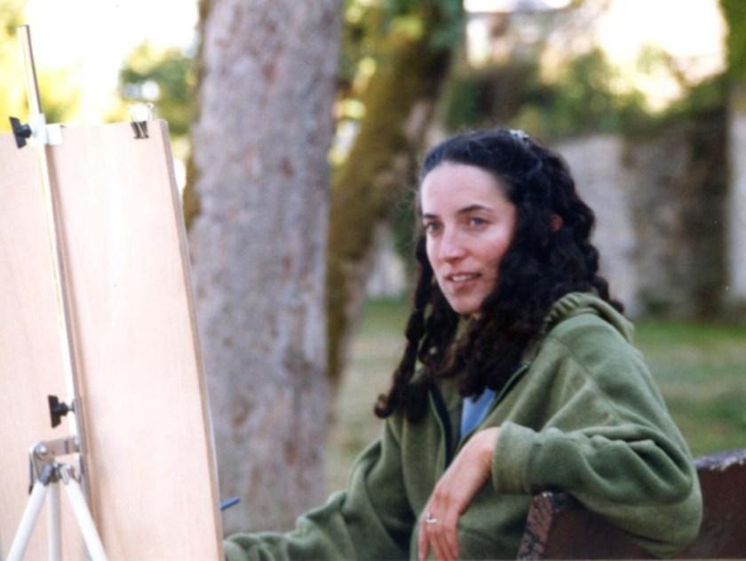 sarah-eddelstein-painting-on-esplande