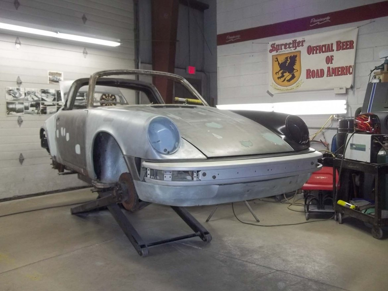 1974 911 Targa   Paintwerks Custom & Restoration Refinishing