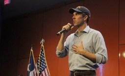 Beto O'Rourke speaks in the Retama: Beto continues college tour