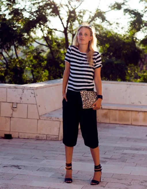 For an easy casual and relaxed look, go for a striped shirt. It would also look nautical-inspired.