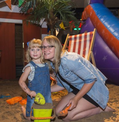 Niamh Docherty, aged three and her mum, Amanda, from Linwood enoy making sandcastles on the intu Braehead beach