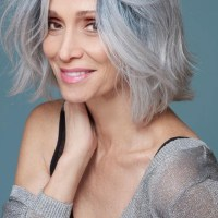 Best Hairstyles for Women Over 50 To Transform Your Looks