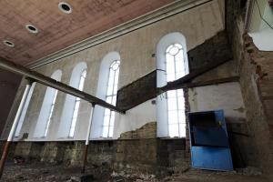 castlehead-church-inside-gutted-24 36013214735 o