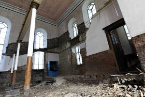 castlehead-church-inside-gutted-26 35879876351 o