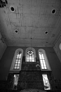 castlehead-church-inside-gutted-68-bw 35202514623 o