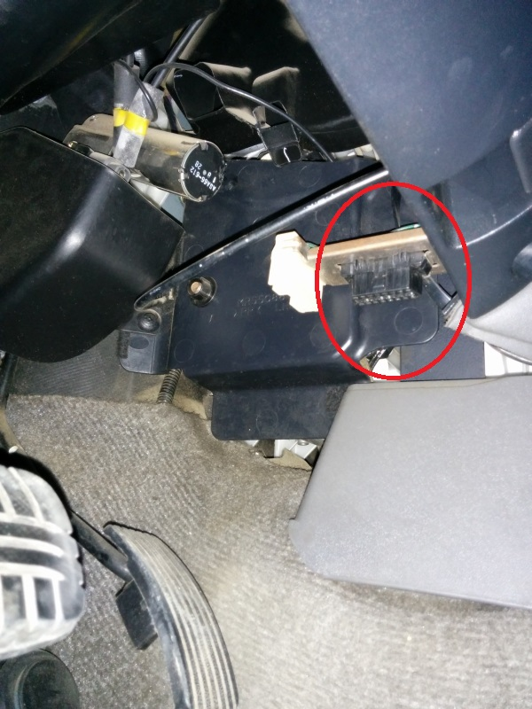 2002 mitsubishi montero wiring diagram treadmill motor how to read check engine light without scanner 3 2 did pajero guru odb2 connector location circled