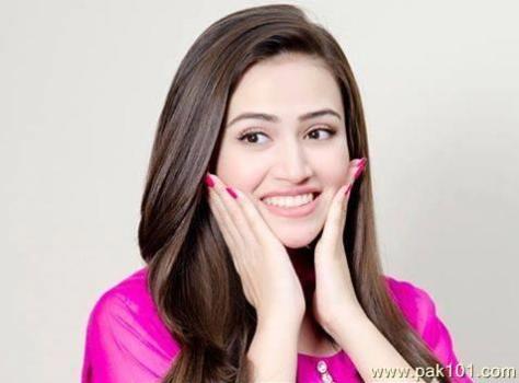 Sana Javed sexy actress Height, Weight, Age, Body Measurement, Wedding, Bra Size, Husband, DOB, instagram, facebook, twitter, wiki