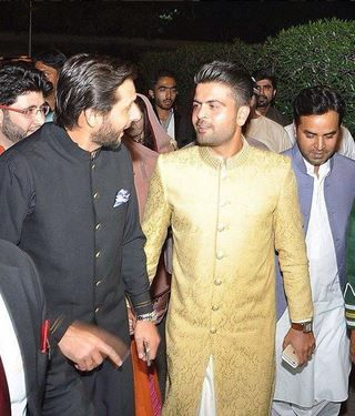 Selfie-King Ahmed Shahzad got hitched this weekend (14)