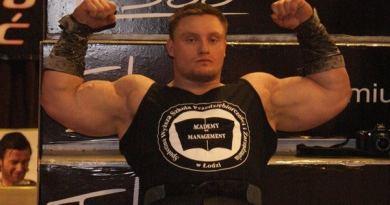 Krzysztof Radzikowski strongman