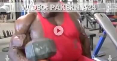 Trening bicepsów Ronnie Coleman
