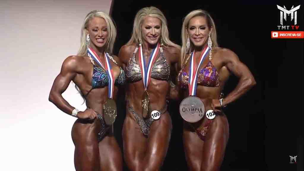 Missy Farrell, Whitnes Jones, Ryall Graber