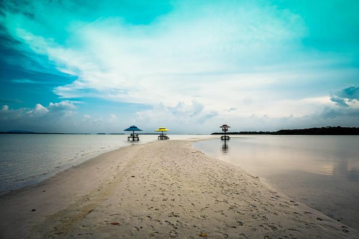 paket wisata pulau lebong 3 hari 2 malam