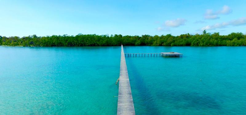 leebong island belitung
