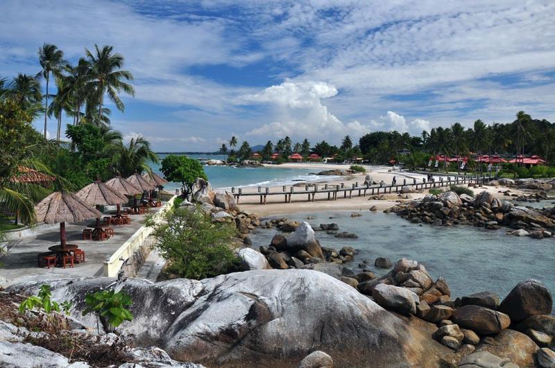 pulau belitung terkenal