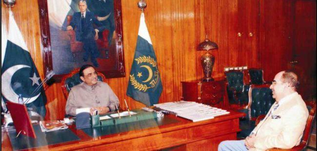 Malik Riaz with Asif Zardari – Paki Mag
