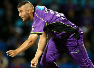 Multi-sport talent Aaron Summers ready to rattle wickets in HBL PSL
