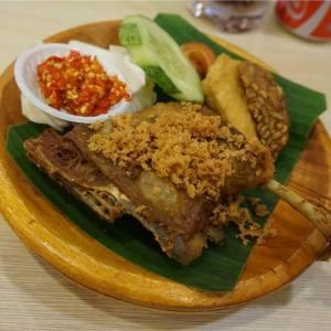 kuliner halal singapore