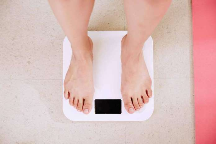 realistic weight loss goals, weight loss home remedies, lose pounds quickly