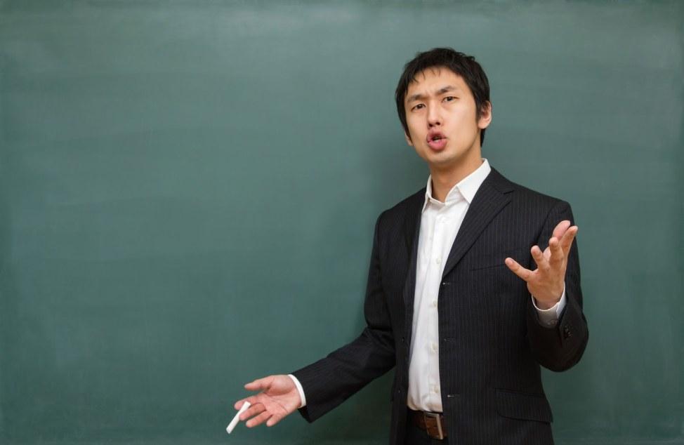 「いつやるの?進路指導する先生いつやるの?進路指導する先生」のフリー写真素材を拡大