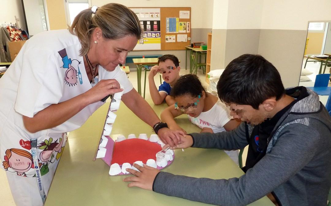 La importancia de enseñar al alumnado el lavado de  dientes