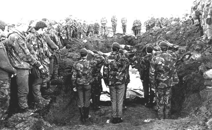 HEROES LAID TO REST FALKLAND ISLANDS 1982