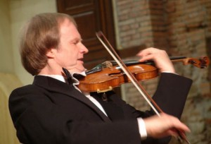 """Il violinista Alexandre Dubach in """"Sabor de España"""" a Castellaneta e a Taranto"""