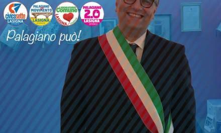 Il nuovo sindaco di Palagiano subito in piazza