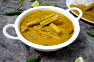 Spicy Drumstick Green Curry