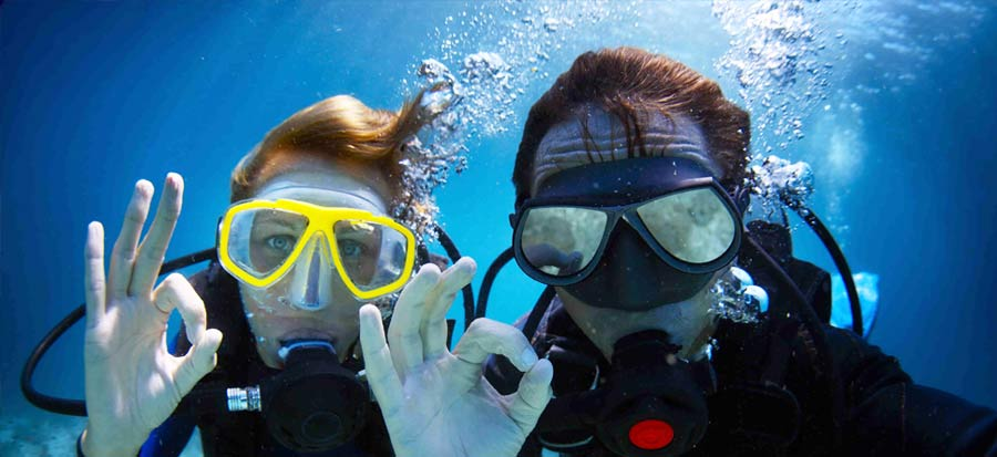 PADI Divemaster Course - Underwater Selfie