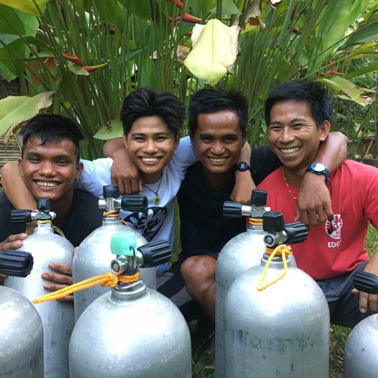 palawan divers compressor team