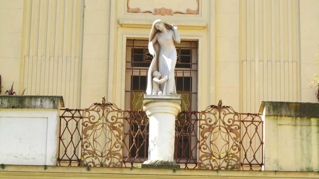 via Palizzi 19  Palazzi di Napoli