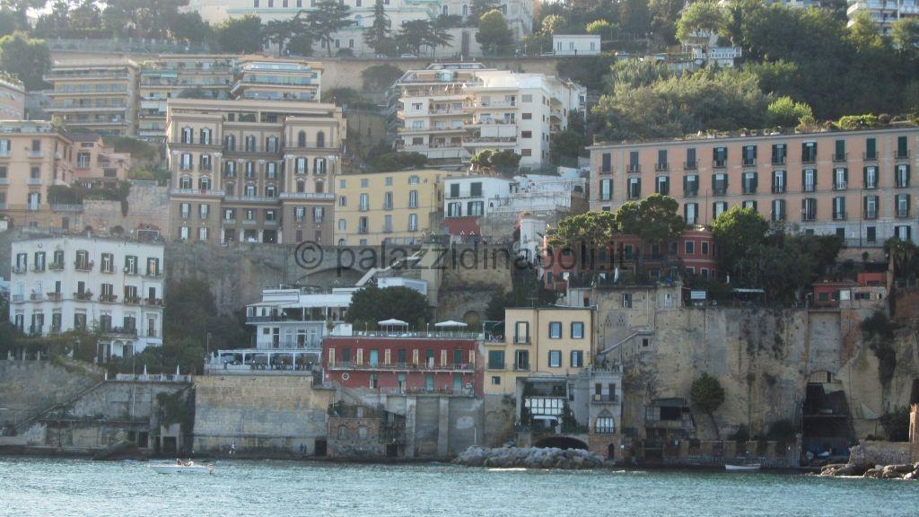 Villa Cottrau 35  Palazzi di Napoli