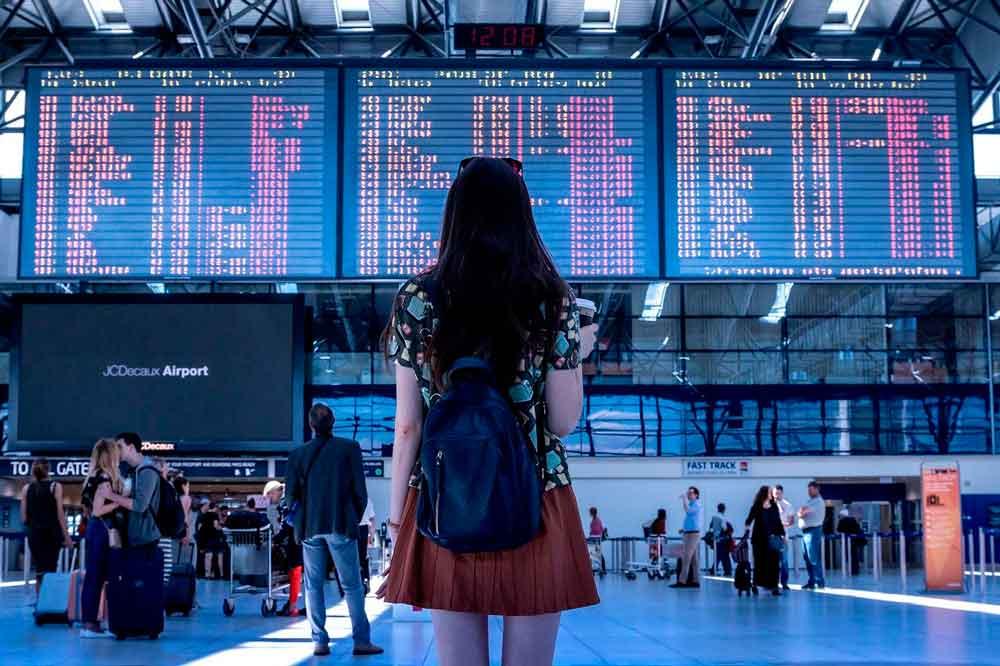 viajar aeropuerto estación turismo viajero