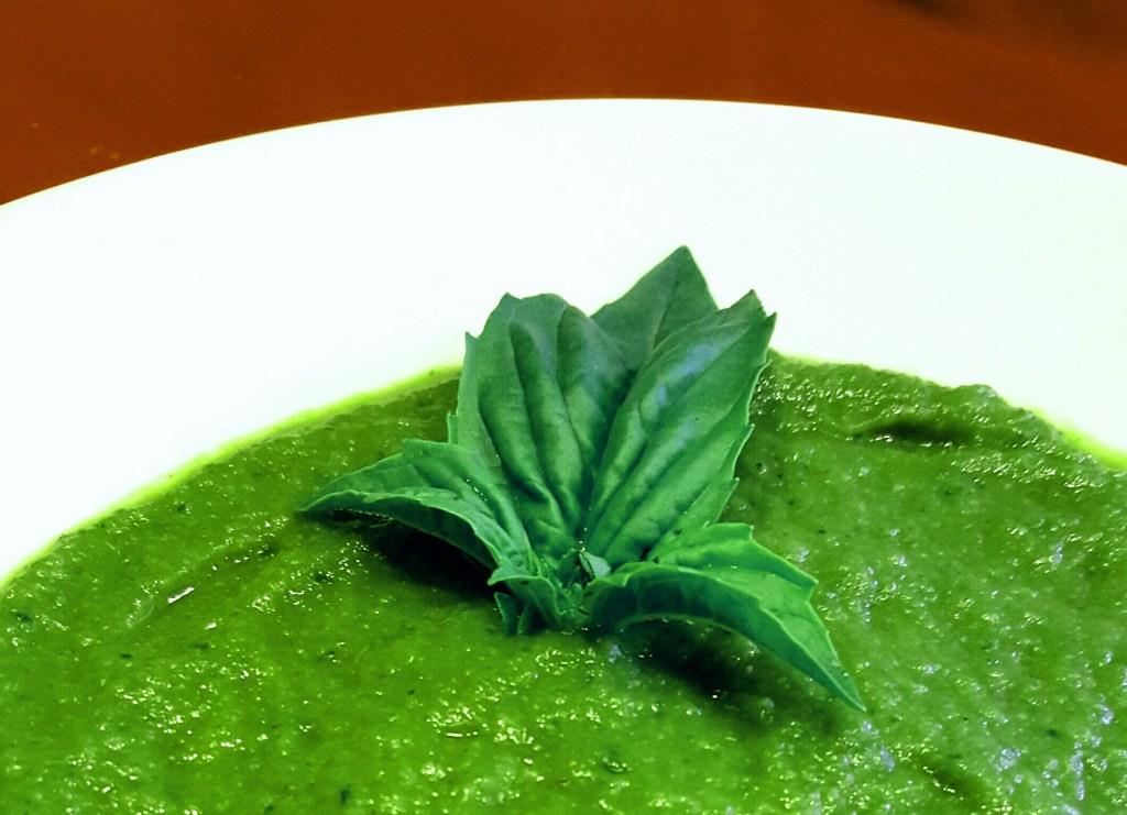 Creamy Thai Cauliflower Soup