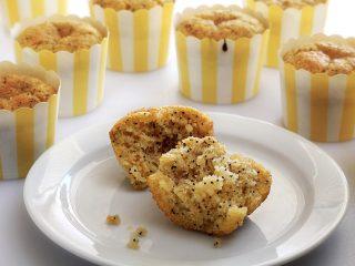 Paleo Lemon Poppy Seed Muffins