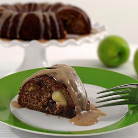 Paleo and gluten free apple spice cake recipe from Paleo Newbie
