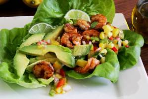 easy paleo recipe for a spicy grilled shrimp wrap