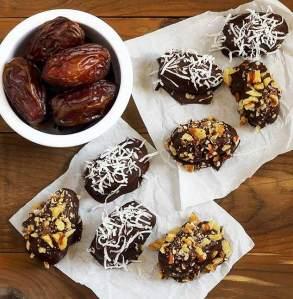 easy paleo recipe for medjool dates chocolate-dipeed