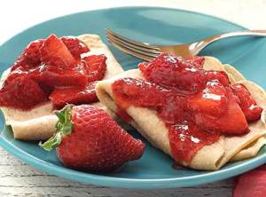 easy paleo recipe for strawberry crepes paleo style