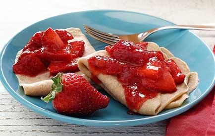 Simple Paleo Strawberry Crêpes Recipe