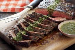 easy paleo recipe for grilled flank steak with chimichurri sauce