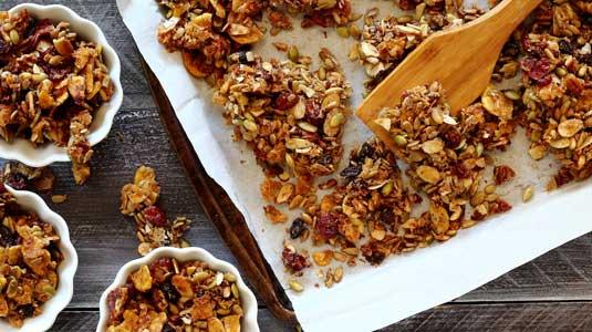 Paleo Pumpkin-Spiced Granola Recipe