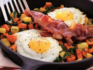 Yam, Apple & Kale Paleo Skillet Breakfast